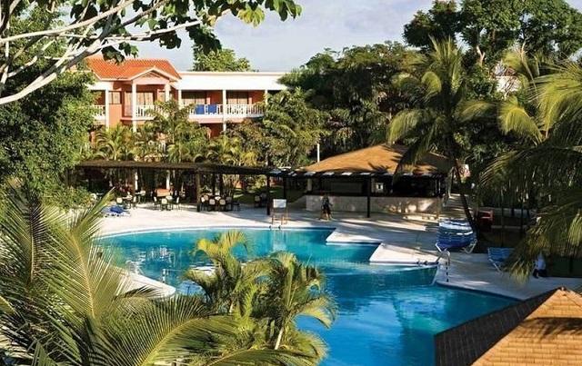 Открытый бассейн в Belle Vue Dominican Bay в Доминикане