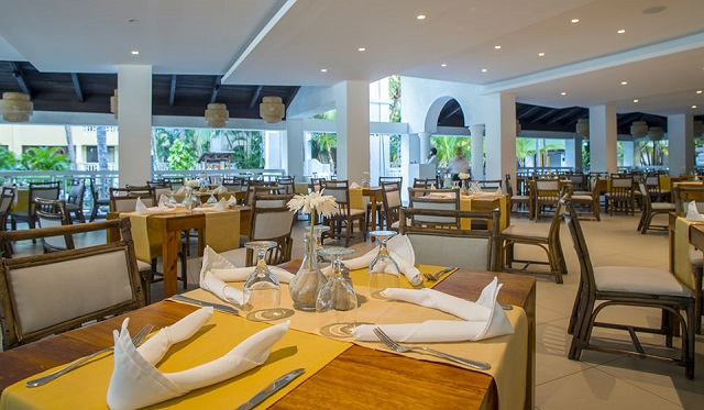 Ресторан в отеле Coral Costa Caribe Resort & Spa