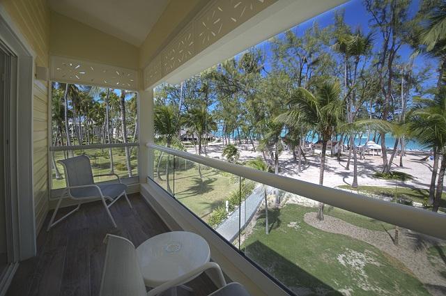 Территория отеля Vista Sol Beach Resort & Casino 4*