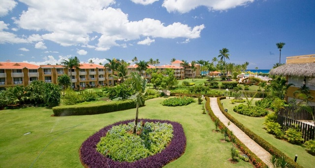 Территория отеля Viva Wyndham Dominicus 4*