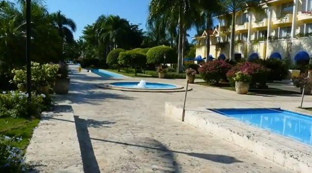 Молодежный отель Barcelo Capella Beach 4*