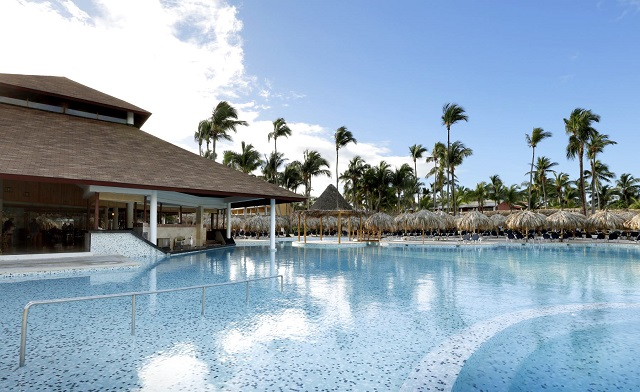 Бассейн в отеле Grand Palladium Bavaro Resort & Spa 5* в Доминикане