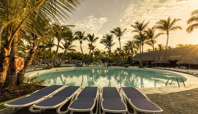 Бассейн отеля Playabachata Resort Crew 5* в Пуэрто-Плата