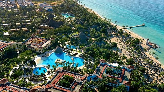 Территория в отеле Iberostar Hacienda Dominicus 5* в Доминикане
