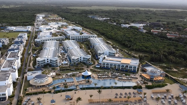Молодежный отель 5 звезд Nickelodeon Hotels & Resorts в Пунта-Кане
