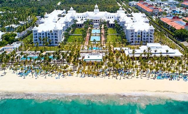 Отель 5 звезд RIU Hotels & Resorts в Доминикане