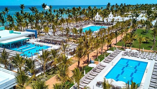 Территория отеля RIU Hotels & Resorts 5*