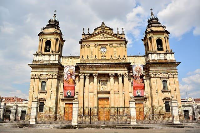 Церковь в Гватемале