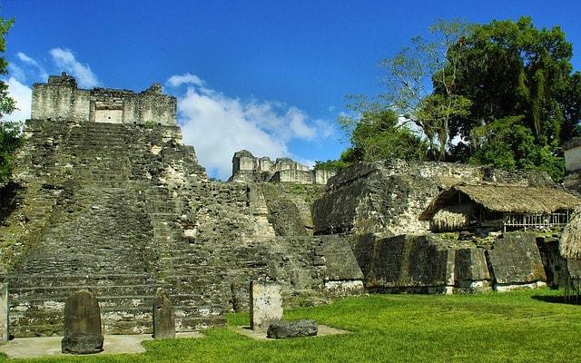 Национальный парк Тикаль в Гватемале